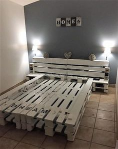 100 DIY Ideas For Wood Pallet Beds: Rehashing is budget friendly and environmentally healthy activity. So get ready to have mesmerizing wood pallet beds at your Diy Pallet Bed, Wooden Pallet Projects, Wooden Pallet Furniture, Diy Furniture, Pallet Bed Frames, Pallet Ideas, Pallet Shelves, Pallet Headboards, Pallet Tables