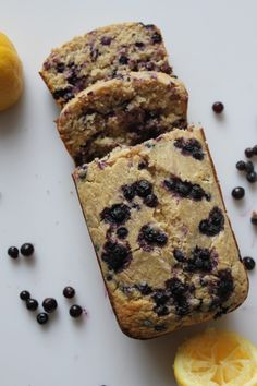 This Lemon Blueberry Bread is perfect for breakfast, with a base of oat flour, and wonderful lemon and blueberry flavor, plus its gluten free! Gluten Free Baking, Vegan Baking, Healthy Baking, Healthy Desserts, Healthy Food, Healthy Recipes, Lemon Blueberry Loaf, Gluten Free Blueberry, Blueberry Breakfast