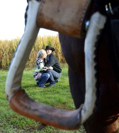 @Inthemomentphotography #country #engagement