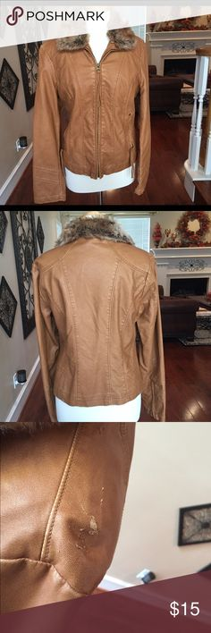 "Caramel jacket with faux fur collar Size L 🌺 Caramel jacket non leather with faux fur collar. Size L. True to size. Bust is approx. 40"" and length is 22.5"". Jacket only worn a few times. It has a scratch on one of the shoulders (see third picture) but doesn't stand out much since jacket has a distressed look to it. Not sure how that happened since barely used but jacket still in good shape. Offers welcome. If you purchase $50 or up in one transaction, you can get jacket for free. Remember…"