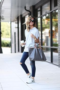 Casual style - Nike sneakers and Goyard tote bag