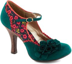 Modcloth Green Snazzy Scenery Heel