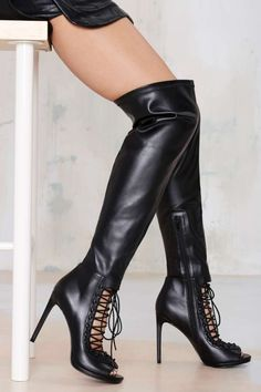 No Limits Knee-High Heel ==