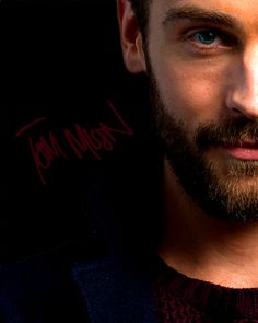 "Tom Mison ""Sleepy Hollow has changed my life. It's delightful"""