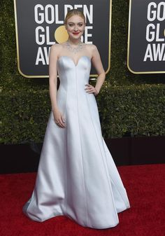 a34624d27de69 Golden Globe Awards 2019 Celebrity Red Carpet, Celebrity Style, Dress For  Success, Red