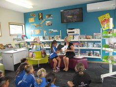 Manaia Primary School visiting Manaia LibraryPlus for Read Aloud Day