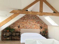 House Inside, Cottage Interiors, Attic, Modern Interior, Interior Inspiration, Master Bedroom, Sweet Home, House Design, Bedrooms