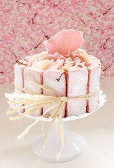 Charlotte aux Poires et Biscuits roses de Reims #Biscuitsroses Champagne Ardenne-  Source : Le Zeste de Cuisine