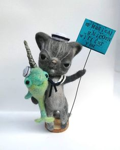 Claude the cat with Ulrich his narwhal... I mean unicorn, friend! #needlefelt #cat #unicorn #narwhal Creature 3d, 3d Illustrations, Curious Creatures, Creepy Cute, Doll Maker, Forest Animals, Needle Felting, Crow, Art Dolls