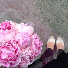 fabulous vancouver florist My arms are full of @flowerfactory peonies and I'm off to dinner with some of my favourite ladies at @shangrila_van Tuesday for the win. #peonyseason #vancouverweddingvendor #vancouver #mainst  #vancouverflorist #vancouverflorist #vancouverwedding #vancouverweddingdosanddonts