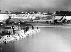Building a dam on Sulejowski Reservoir - 1969 - 1974