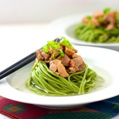 Red Shallot Kitchen: Spinach Noodle Soup with Sautéed Chicken and Mushrooms