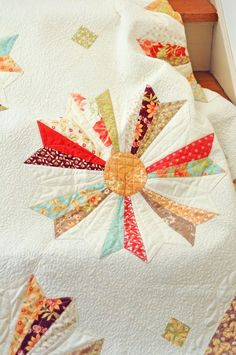 Quilting on Dresden plate w lots of negative space