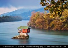 Europe - Serbia - Republika Srbija - Tara National Park - Bajina Basta - Lonely house perched on a rock in the middle of the Drina River Diving Course, Exposure Time, River House, Great Places, Kayaking, Tourism, National Parks, Europe, Vacation