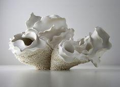 Contemporary Ceramic Art at CFile Slab Ceramics, Porcelain Ceramics, Sculpture Head, Ceramic Sculptures, Art N Craft, Contemporary Ceramics, Tile Art, Ceramic Artists, Oeuvre D'art