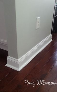 27 Best Baseboard Style Ideas & Remodel Pictures Baseboard Ideas, Baseboard Styles, Baseboards, Style Ideas, Style Inspiration, Wood Trim, Diy Wood, Bathroom Ideas, Floors