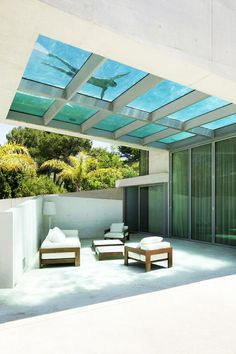 Terrace of the House with swimming pool by Wiel Arets Architects