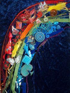 fantasifantasten.no - sorting beautiful loose parts by color ≈≈