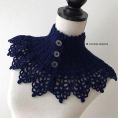 Vill man inte ha en vanlig halsduk eller sjal att värma sig med i vinter är detta en smart lösning som inte tar stor plats under kragen på jackan.Polokrage. Turtleneck. Fuskkrage. Kärt barn har många…