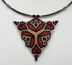 Seed Bead Patterns, Peyote Patterns, Jewelry Patterns, Bracelet Patterns, Beading Patterns, 3d Triangle, Bead Jewellery, Beaded Jewelry, Bracelets