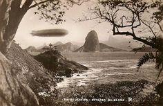 Dirigivel LZ 127 Graf Zeppelin sobre o Rio de Janeiro, em 1933