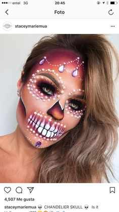 We share 29 extra-ordinary Halloween makeup ideas on social media sites. These are the best Halloween makeup designs that looks stunning and terrifying. Halloween Makeup Sugar Skull, Sugar Skull Makeup, Halloween Makeup Looks, Sugar Skull Halloween Costume, Halloween Costume Diy, Up Halloween, Vintage Halloween, Costume Ideas, Pretty Halloween