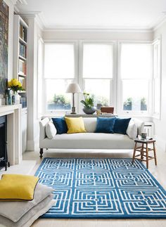 Open plan living room with blue rug by Jennifer Manners Knock Down Wall, Types Of Flooring, Flooring Ideas, Interior Design Tips, Design Ideas, Living Room Grey, Open Plan Living, Beautiful Space, Rugs On Carpet