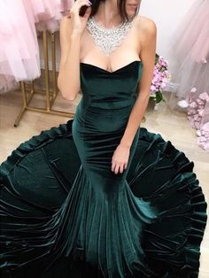 2018 Sexy Prom Dress Evening Dress, Sweetheart Velvet Prom Dress Evening Dress, Long Formal Dresses Prom Gown from flordabridal Green Evening Dress, Green Dress, Evening Dresses, Modest Formal Dresses, Elegant Bridesmaid Dresses, Dresses Uk, Formal Gowns, Homecoming Dresses, Prom Gowns