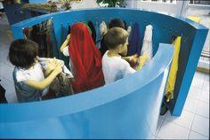 angolo travestimenti - mobili per scuole e asili, sedie per scuole e arredamento scolastico - ISAFF - Arredi per l'infanzia, scuole, comunita' e parchi gioco.