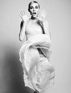Vogue Alemanha Julho 2014 | Diane Kruger por Camilla Akrans