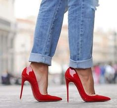 Christian Louboutin red patent 'So Kate' pumps