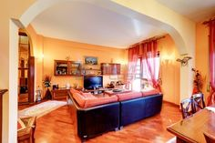Vendita Appartamento Roma. Quadrilocale, Buono stato, primo piano, posto auto, terrazza, riscaldamento autonomo