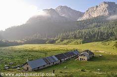 Visit Trentino, la Malga Spora tra le Dolomiti a Spormaggiore http://www.sphimmstrip.com/2014/08/visit-trentino-vivere-esperienza-di-un-alba-in-malga.html #albeinmalga
