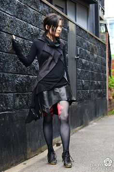 [Glam Rock Ripped Leather] Model: Cheryl, All Outfit: Cheryl Chee, Stocking: Cheryl Chee, Shoes: Vintage. #RockStyle #JapaneseStreetFashion