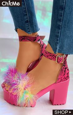 Snakeskin Ankle Strap Fluffy Block Heels Trend Fashion, Latest Fashion Trends, Womens Fashion, Dr Shoes, Shoes Heels, Hype Shoes, Pink Heels, Heeled Sandals, Crazy Shoes
