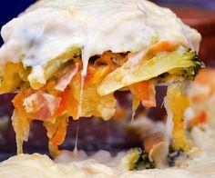 La Chef Sophia Rodríguez Mata. Pastel con jamón, queso y salsa blanca nos prepara este pastel