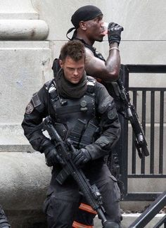 Interesting boddy armour, scarf adds an interesting touch. Military Gear, Military Clothing, Combat Gear, Future Soldier, Tactical Vest, Red Suit, Suit Of Armor, Men In Uniform, Cosplay
