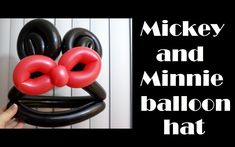 Mickey or Minnie Mouse Balloon Hat Tutorial. It is better to put the ears on a headband like holly does. Easy Balloon Animals, Balloon Toys, Balloon Hat, Ballon Animals, Animal Balloons, Twisting Balloons, Balloon Shapes, Minnie Mouse Balloons, Minnie Mouse Party