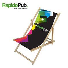 Une chaise longue au format « transat » qui vous permettra de faire la promotion de votre marque de la meilleure manière possible ! Outdoor Furniture, Outdoor Decor, Sun Lounger, Promotion, Book, Home Decor, Recliner, Chaise Longue, Decoration Home