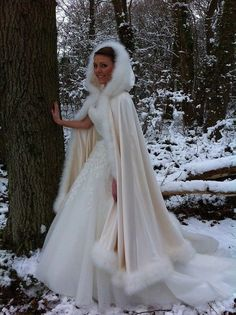 Fashion Ivory/White Hooded with Faux Fur Trim Winter Wedding Long Cloak Cape #CloaksCapes