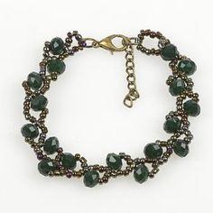 Örgülü Kristal Boncuk Bileklik Bead Jewellery, Beaded Jewelry, Beaded Bracelets, Imitation Jewelry, Bead Art, Beading Patterns, Hand Embroidery, Diy And Crafts, Beads