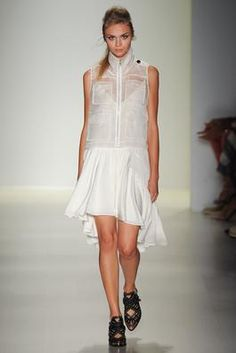 Marissa Webb opening look for the Spring/Summer 2015 Ready-To-Wear collection
