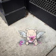 Vor etwa einem Jahr haben wir hier auf WHUDAT erstmals, die herrlich unterhaltsamen Street Art-Kreationen von David Zinn präsentiert.