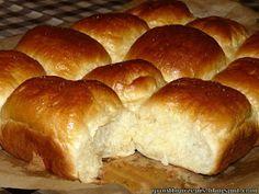 GRUNT TO PRZEPIS!: Maślane bułeczki przytulone z powidłami śliwkowymi Hamburger, Recipies, Bread, Food, Recipes, Brot, Essen, Baking, Burgers