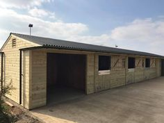 L Shape Stable Block with 3 Stables - Finer Stables Roof Joist, Small Horse Barns, Shiplap Cladding, Horse Barn Plans, Hay Barn, External Lighting, Horse Accessories, Rabbit Hutches, Roofing Systems