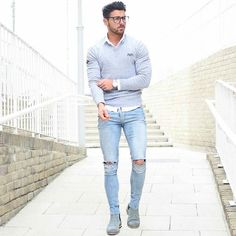 Men's Street Style - Casual Ripped Jeans Look Men Street, Street Wear, Fashion Mode, Mens Fashion, Urban Fashion, Celebridades Fashion, Look Man, Mode Streetwear, Herren Outfit