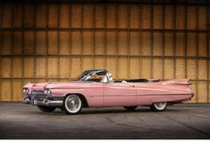 the pink cadillac from the pink cadillac movie | Vedette du film 'The Pink Cadillac',1959 Cadillac Series 62 cabriolet