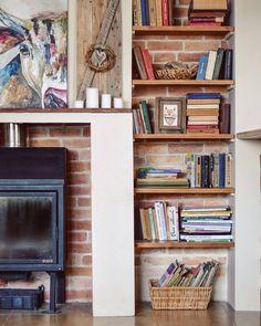 Ideas Apartment Cozy Decor Fireplaces For 2019 Cozy Apartment Decor, Sweet Home, Living Room Shelves, Cool Apartments, Home And Deco, My New Room, Home Projects, Bookcase, Room Decor