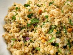 Con la thermomix, hacer una quinoa es extremadamente sencillo. Las cantidades que te pones aqui son aproximativas, pudiendo poner de verdura tanta cantidad