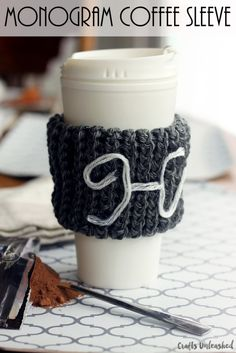 How to Loom Knit a Coffee Sleeve - Crafts Unleashed
